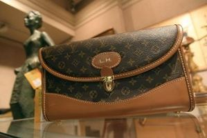 Come identificare una vera Louis Vuitton