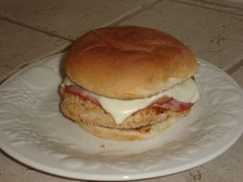 Come fare un panino di pollo Cordon Bleu